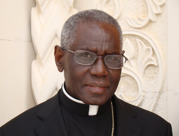 Đức Hồng y Robert Sarah nói về tính cao cả của sự tĩnh lặng