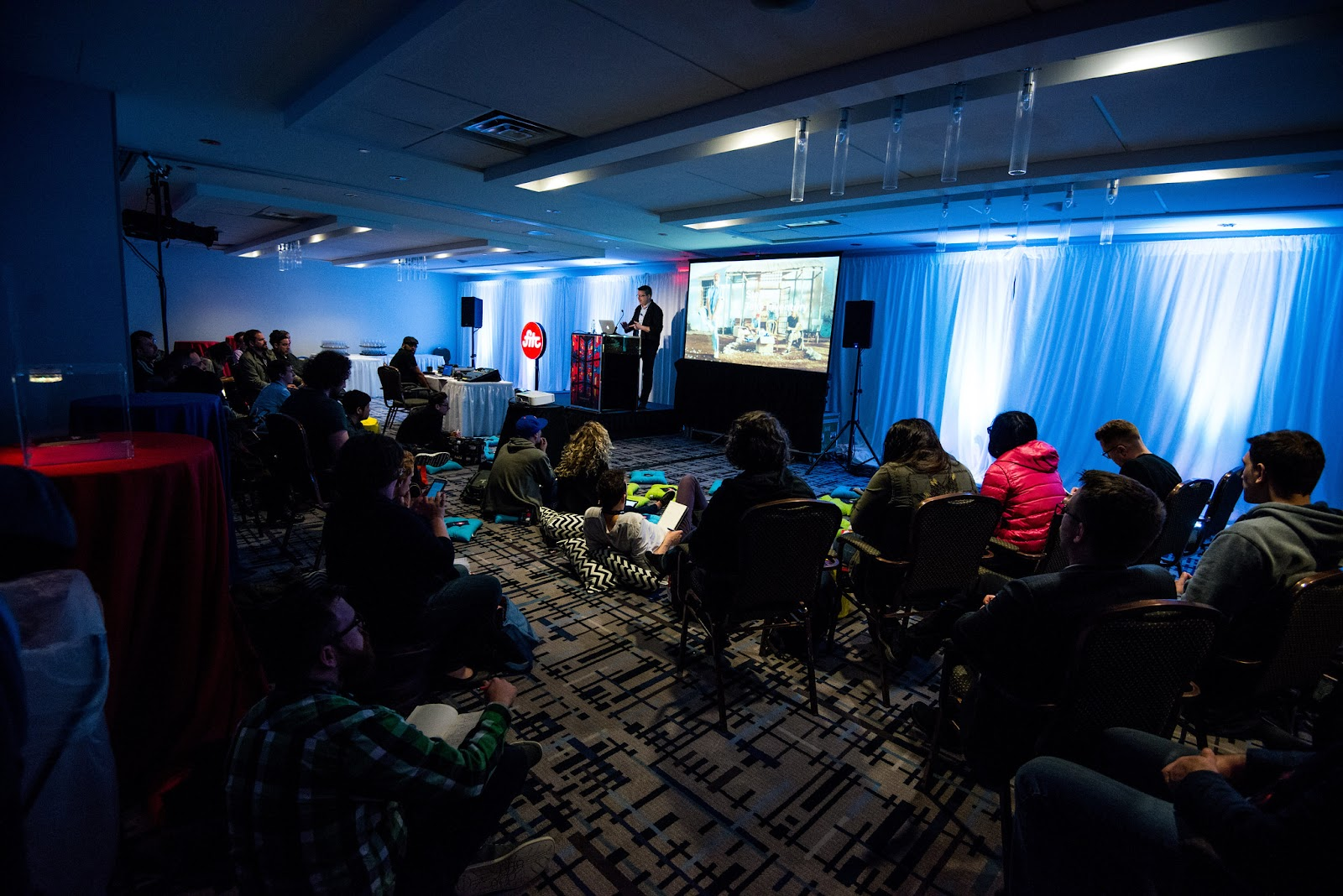 Kurt Krumme presenting at the FITC conference in Toronto.