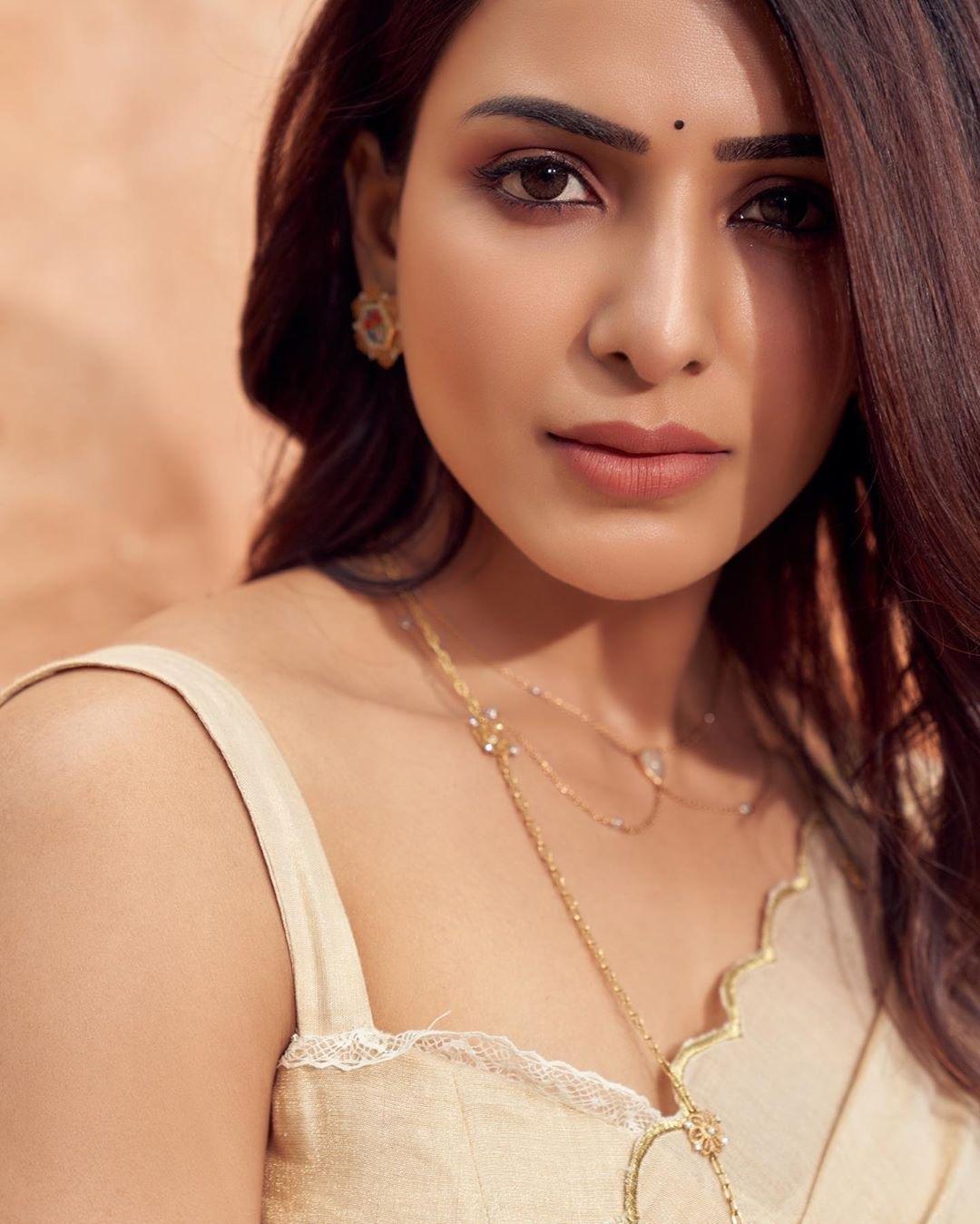 Samantha Akkineni in Chanderi silk sari latest photos