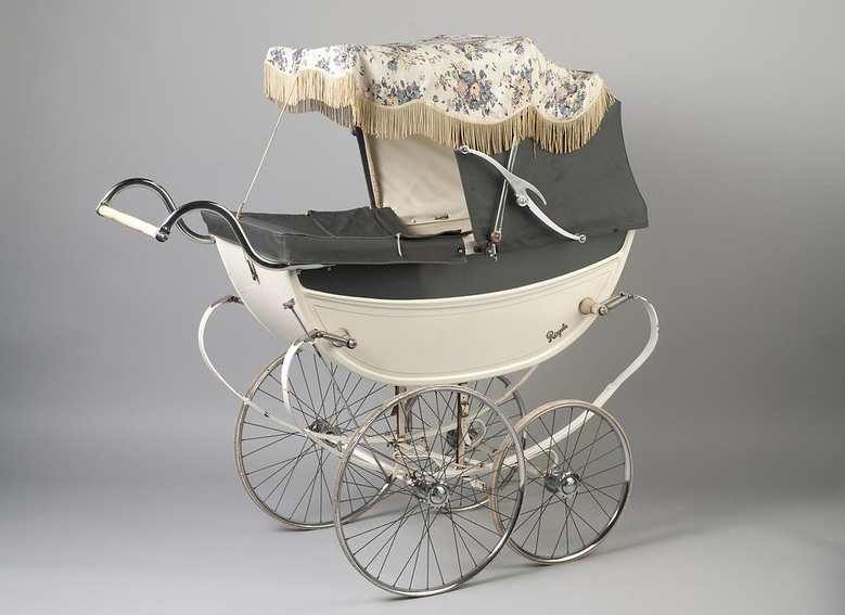 1959 Baby's Royale pram made by A & F Saward
