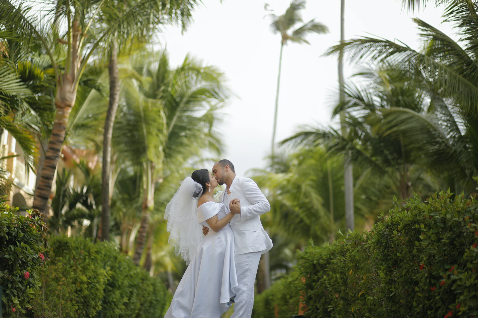 5 Tips For Your Dream Destination Wedding