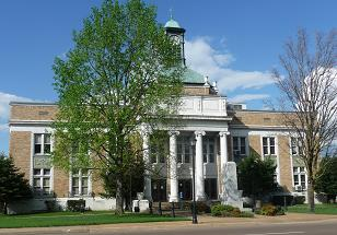 Fayette County Courthouse.JPG