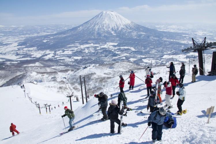 Mùa đông ở Nhật đi đâu, làm gì?