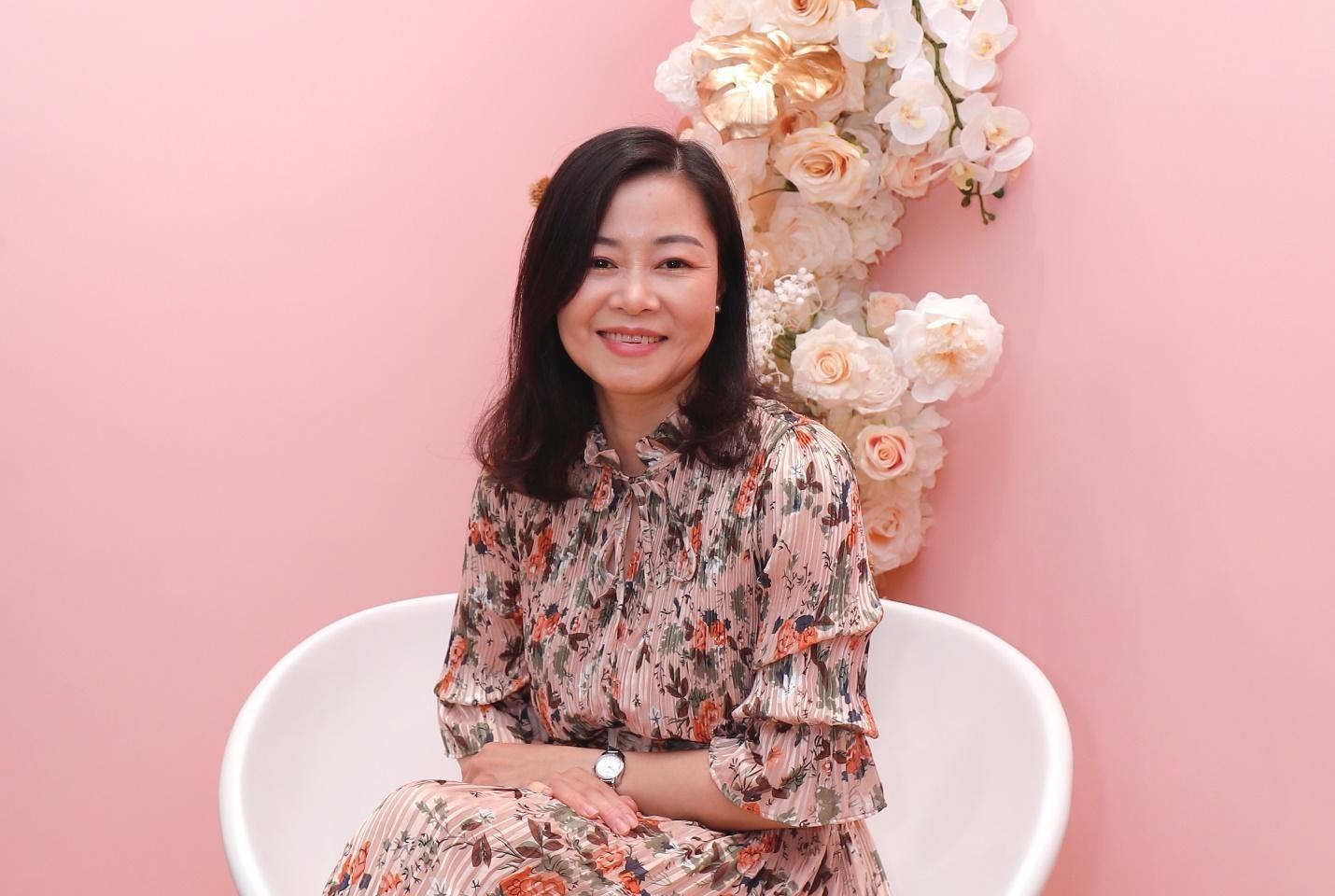 Chị Xuân Mai  – một khách hàng quen của Trung tâm H&H 228 Bà Triệu