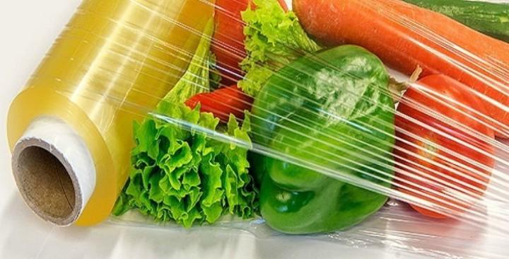 Màng bọc thực phẩm PVC chứa chất phụ gia gây hại