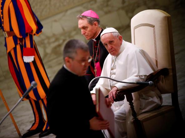 """Đức Thánh Cha Phanxico: """"Có sự tham nhũng ở Vatican. Nhưng tôi vẫn thanh thản"""""""