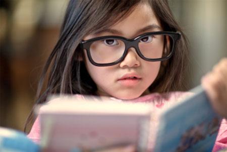 Báo động tình trạng cận thị ở trẻ em