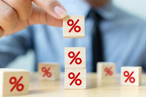 Kebijakan dalam mengatasi inflasi