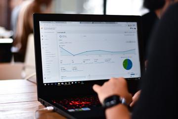 dedicated server dapat meningkatkan traffic seo