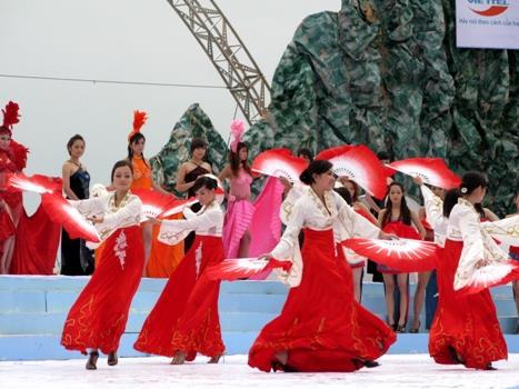 Ảnh đẹp lễ hội du lịch Hạ Long