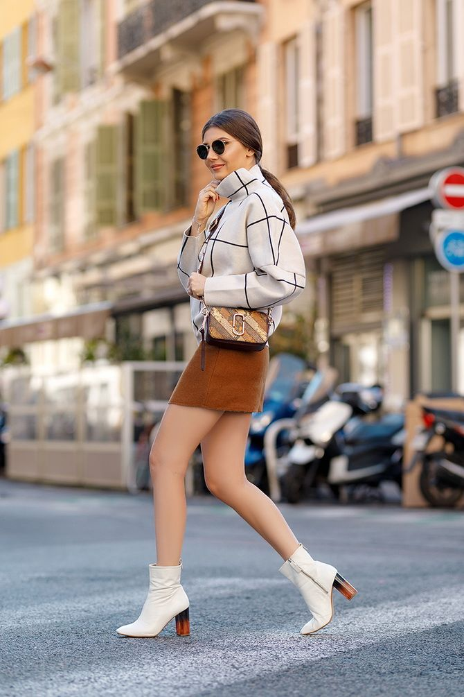 Sweater and a skirt: the most fashionable winter combinations 23