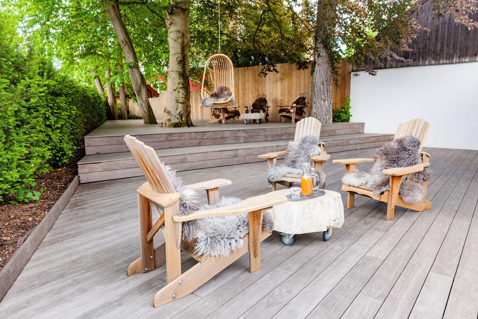Terrasse med bæredygtige materialer