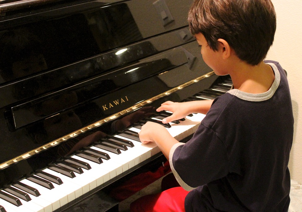piano boy.jpg