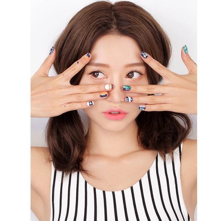 6. ดูแลผิวแบบสาวเกาหลีต้องไม่ลืมอายครีม