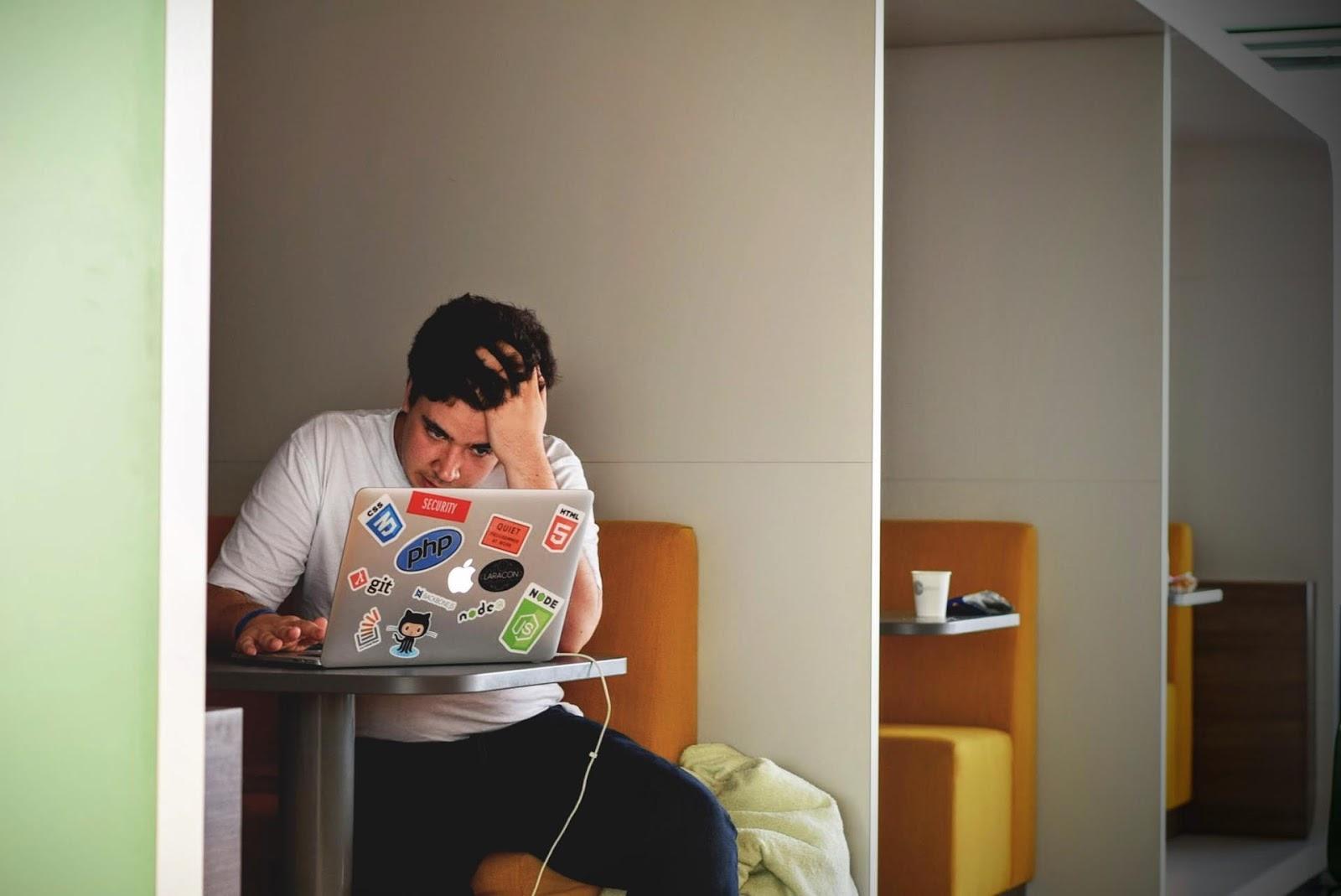 A falta de concentração pode te desmotivar. Por isso, é bom saber como mantê-la.