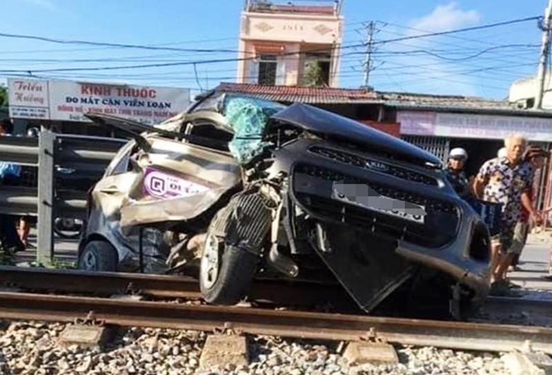4 vụ tai nạn khiến 6 người chết chỉ trong một buổi chiều - Ảnh 1