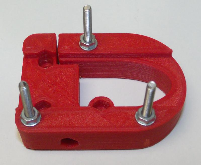 R03-axle-bolts-and-nuts.JPG