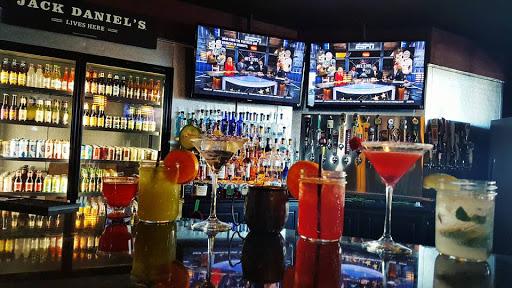 Roxy Sports Bar Unpretentious And Amazing