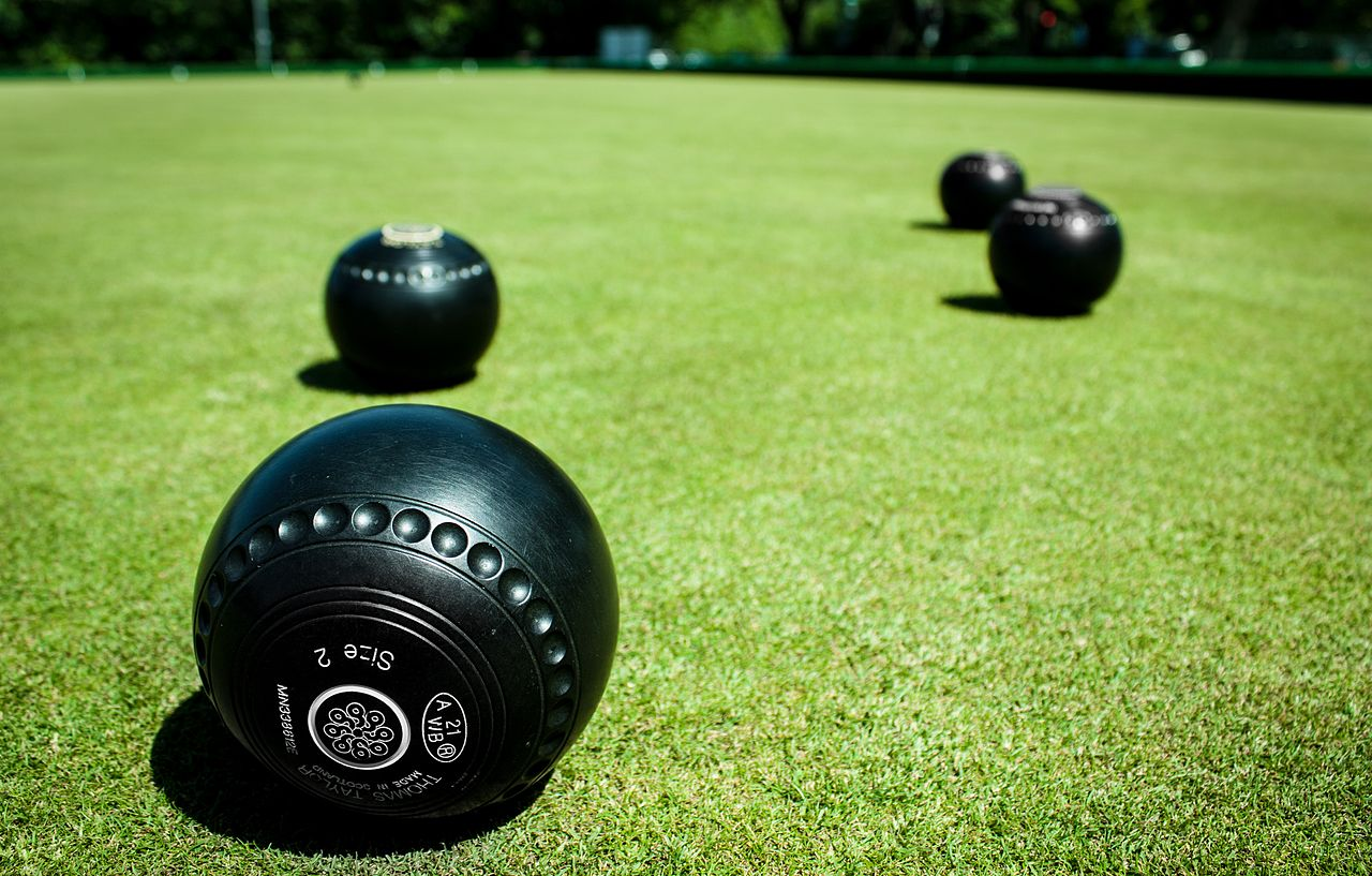 Bowls_Bowls_and_more_Bowls_(9246357629).jpg