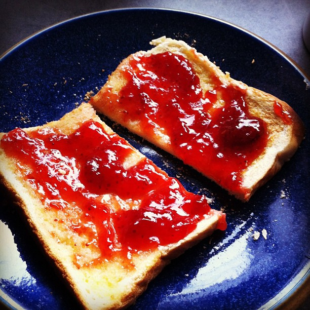 jam on toast -- in my bella. | Phil Campbell | Flickr