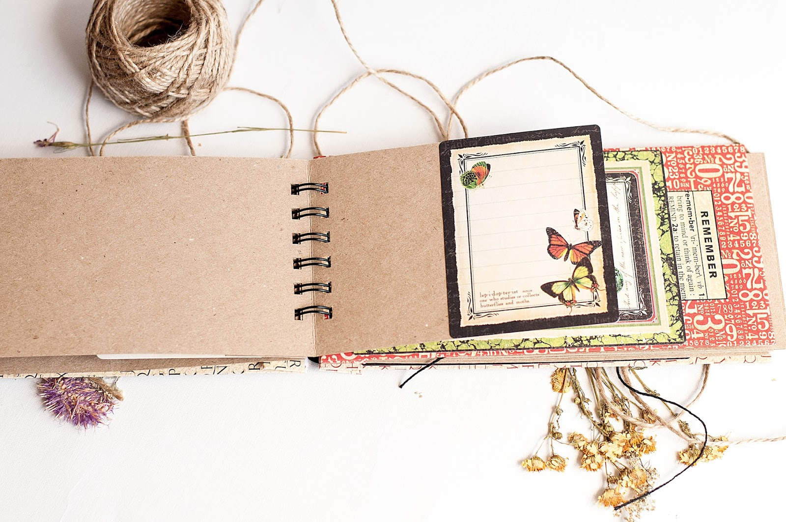 Notebook-Naturesketchbook-by tutorial Lena Astafeva-product Graphic 45-20.jpg