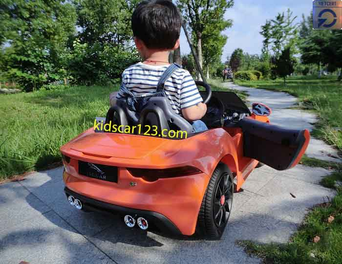 Xe ôtô điện trẻ em - DMD218 màu cam