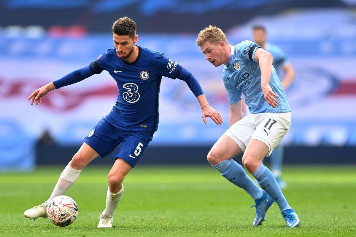 Manchester City vừa phải nhận thất bại trước Chelsea ở bán kết cúp FA.