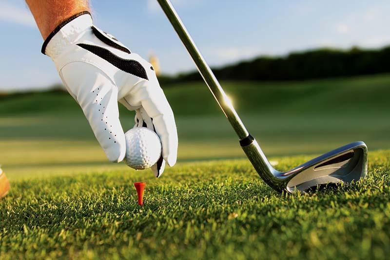 Gậy golf giá bao nhiêu tiền là hợp lý?