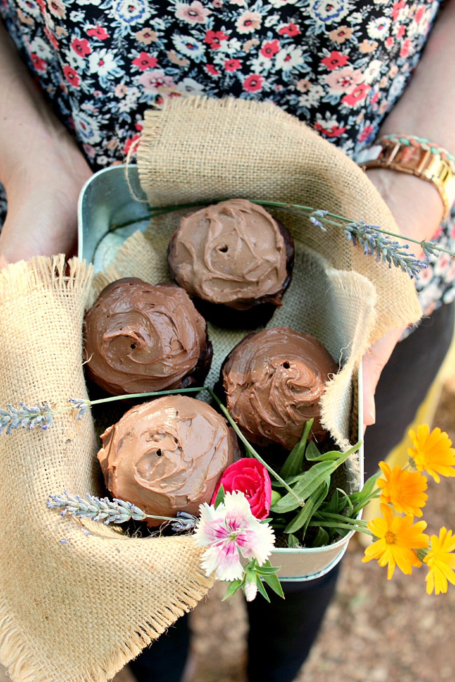 Skinny Chocolate Zucchini Cupcakes: hands down to THE BEST cupcakes I've ever had. And they're healthy!