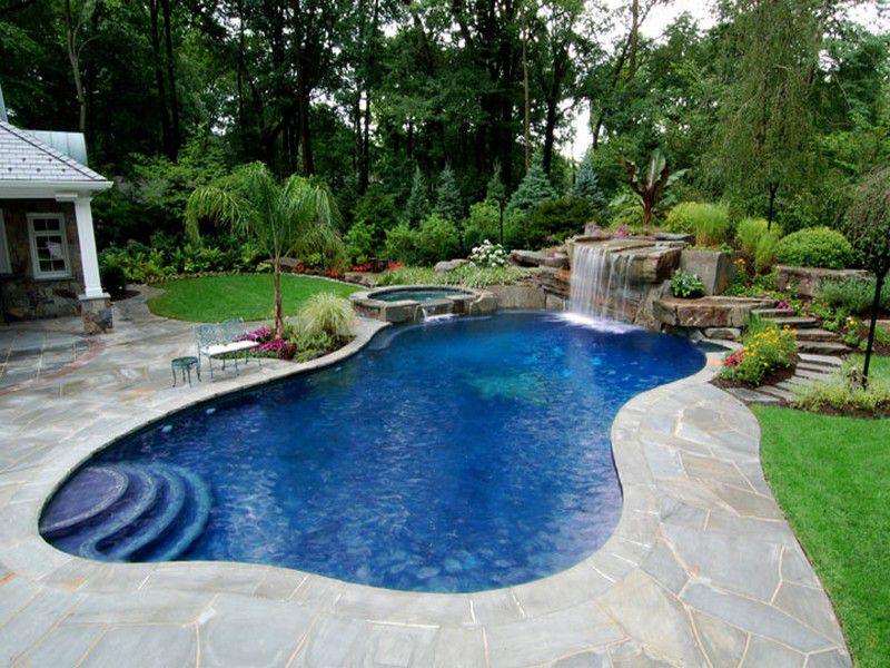 Bể bơi hình uốn lượn