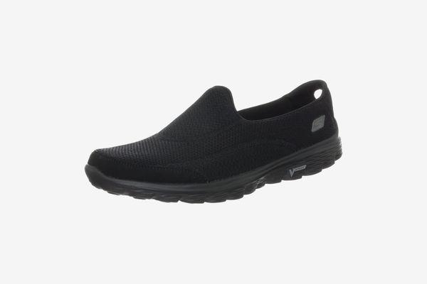 Best walking shoes SKECHERS PERFORMANCE WOMAN'S GO WALK 2 SLIP-ON WALKING SHOES: