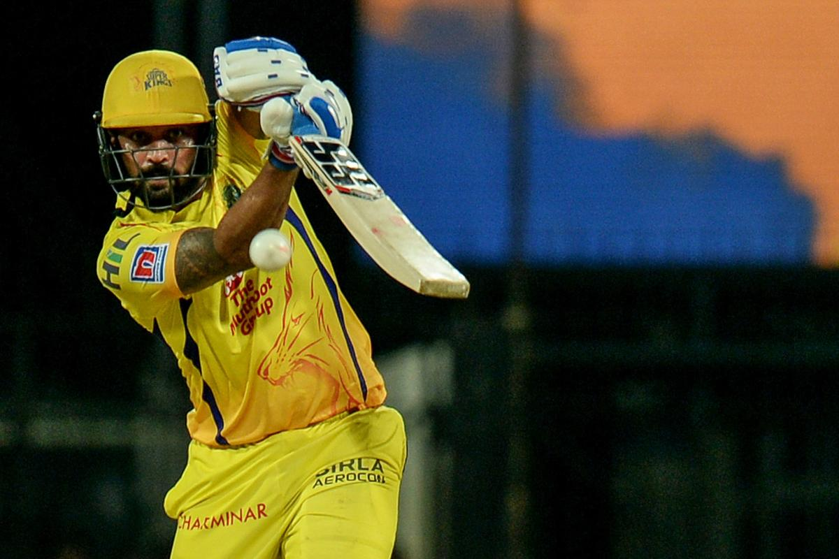 Top 5 Players with the Most Sixes for CSK IN IPL