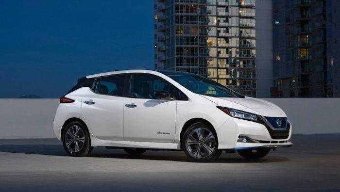 เพื่อกระตุ้นยอดขาย Nissan Leaf ถูกลดราคาลงถึง 500,000 บาท
