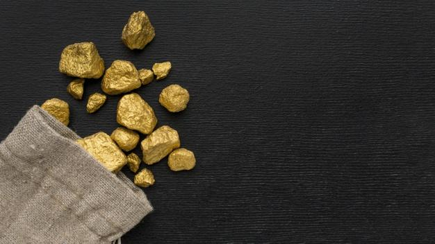 Top view gunny sack with gold ore Free Photo