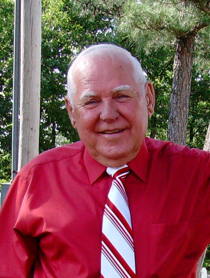 Bob.2.Outside.2008.JPG