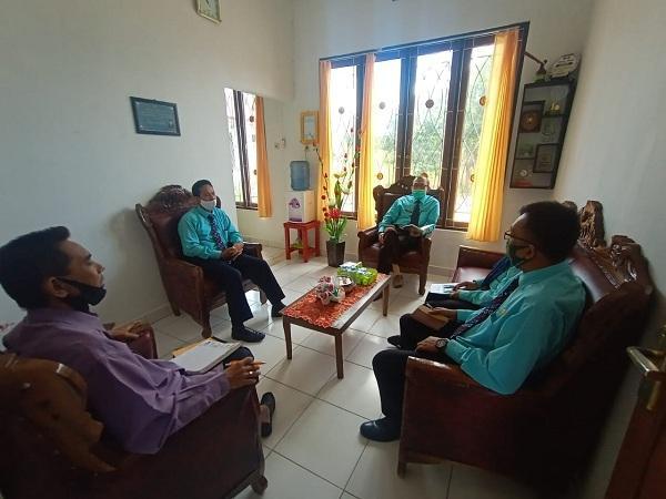 Ketua PA Kuala Kurun Gelar Rapat Bagian Kepaniteraan | (1/12)