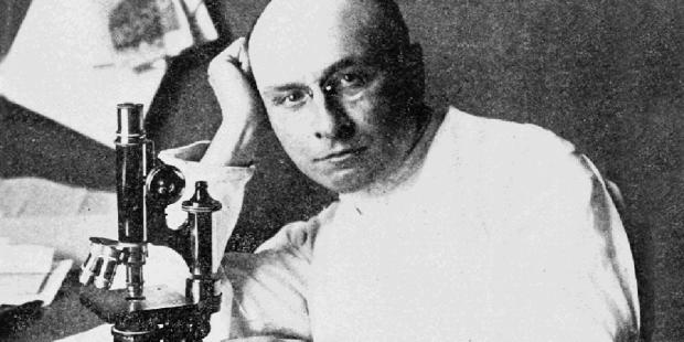 Phép lạ Lộ Đức đã đem bác sĩ đạt giải Nobel về với đức tin