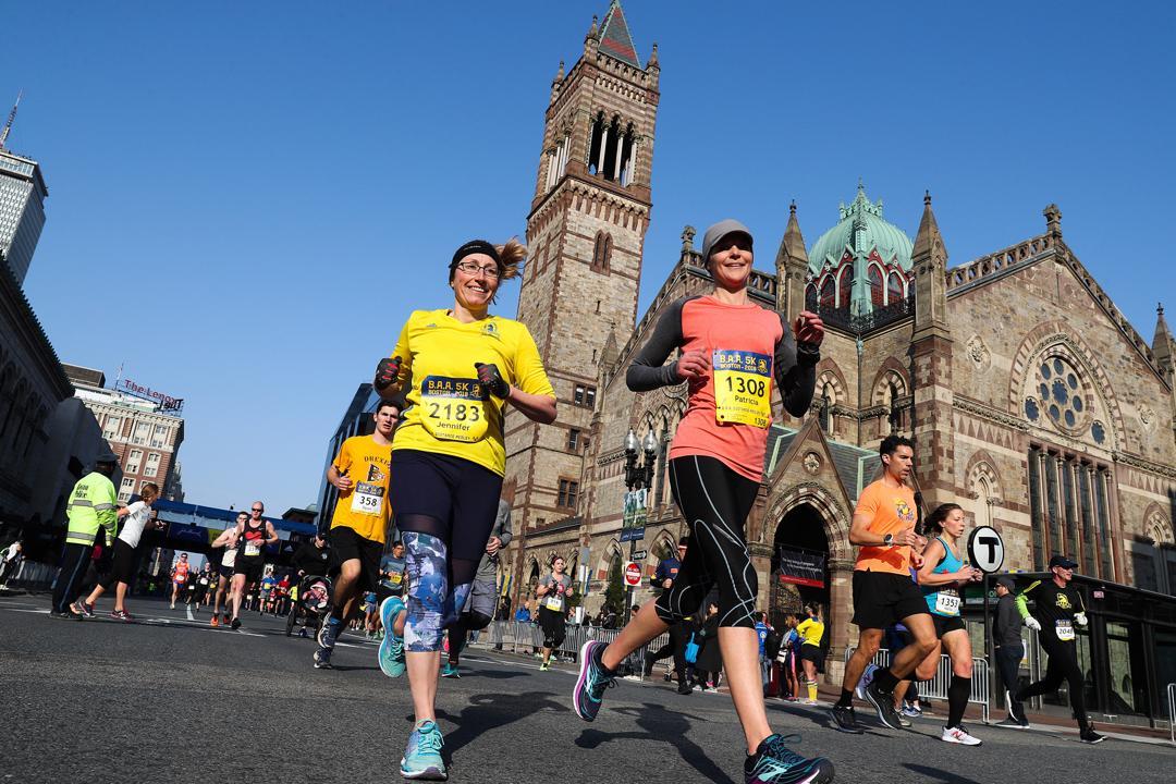 波士頓馬拉松是6大海外馬拉松中「最難報名」及「只接受菁英參賽者」。