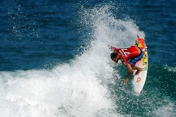 Filipe Toledo, surfista brasileiro.