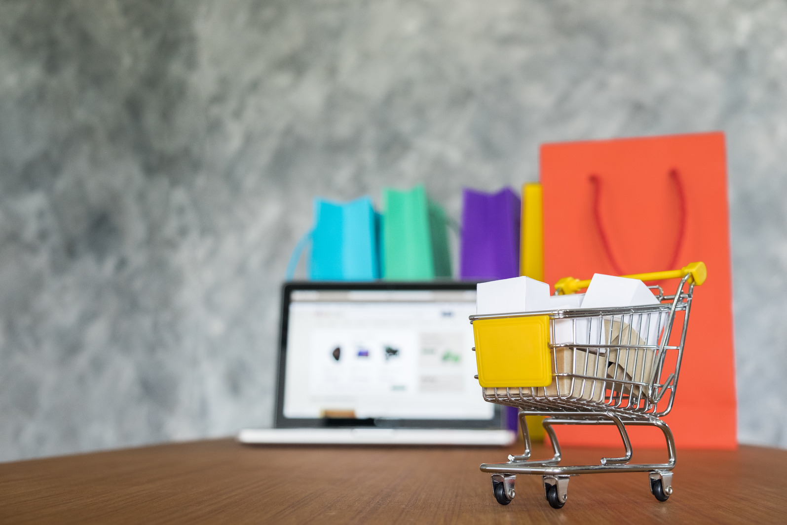 10 Best eCommerce Shopify Themes for Your Online Store