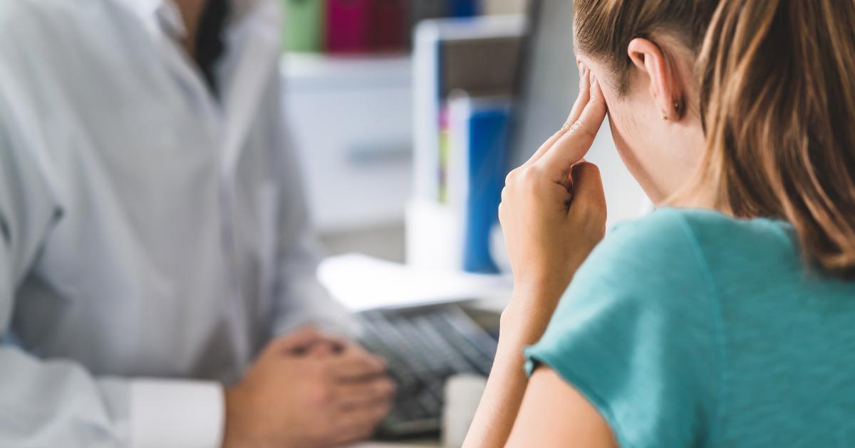 Travma Sonrası Sonrası Stres Bozukluğu Belirtileri (Tanı Kriterleri) Nelerdir?