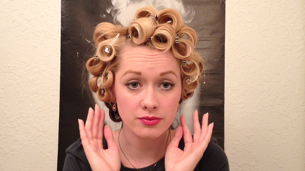 Marilyn Monroe Glamour Curls Vintage Hair Tutorial