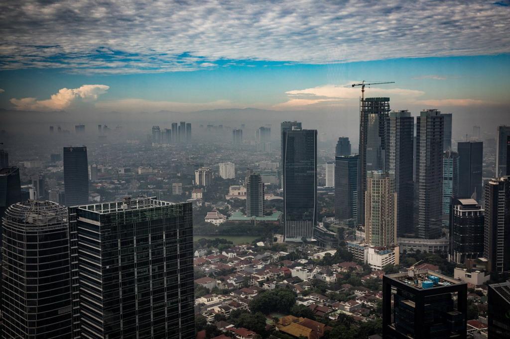 Giai cuu Jakarta, thanh pho sap chim hoan toan duoi bien hinh anh 1