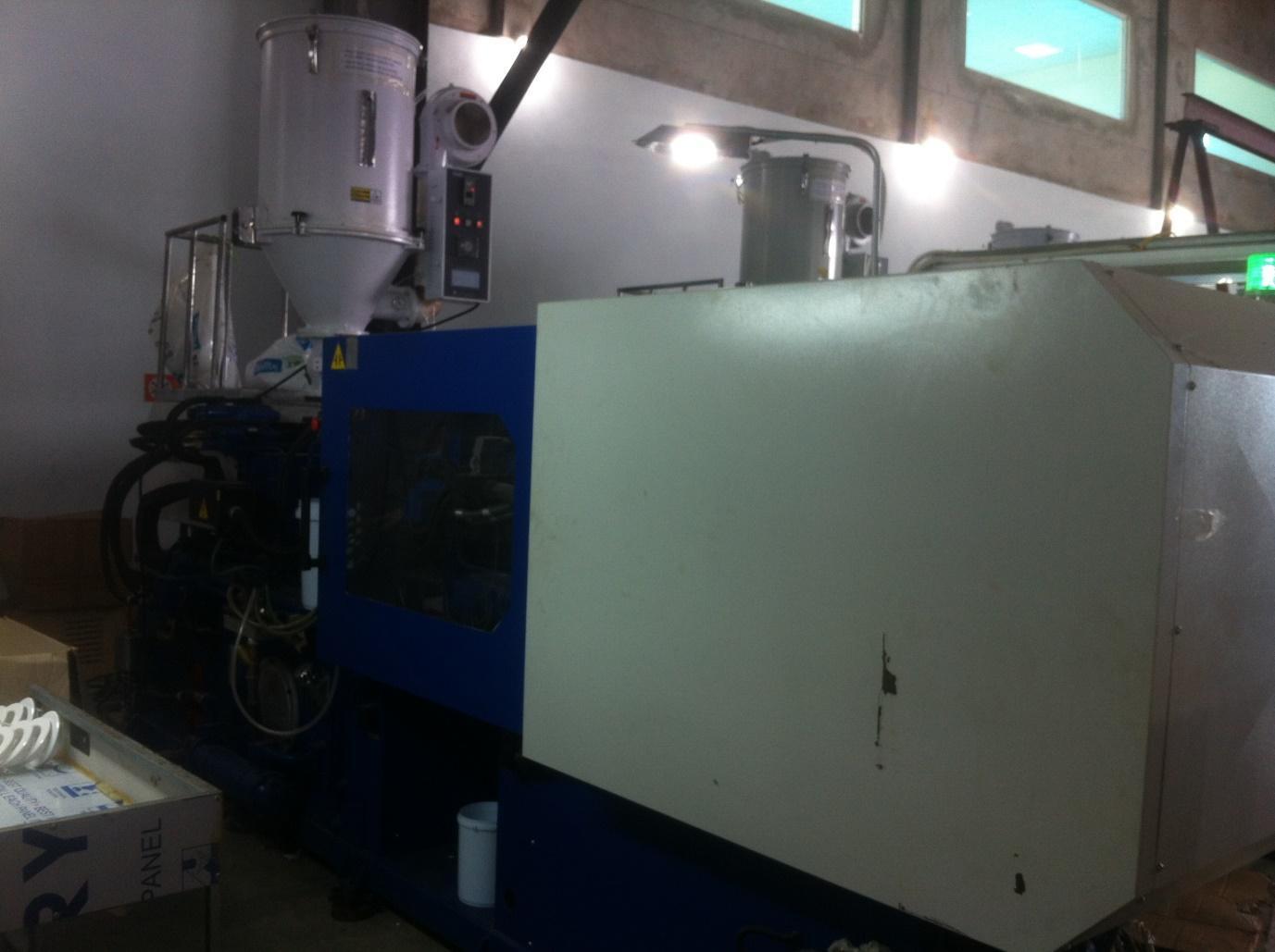 D:\Cộng tác viên\Bài ngắn\17. ĐT & PT Hoàng Phong\bán mãy sản xuất thùng nhựa\ban-may-san-xuat-thung-nhua-1.jpg