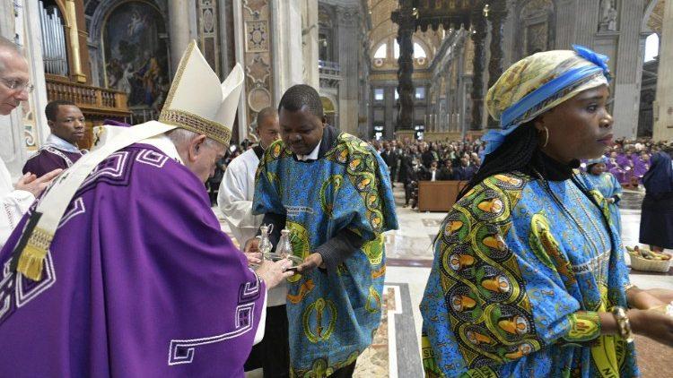 Chúa nhật Thứ Nhất Mùa Vọng, Đức Thánh Cha bắt đầu cử hành Thánh lễ cho Cộng đoàn Congo ở Roma
