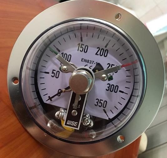 Mẫu đồng hồ áp suất 3 kim