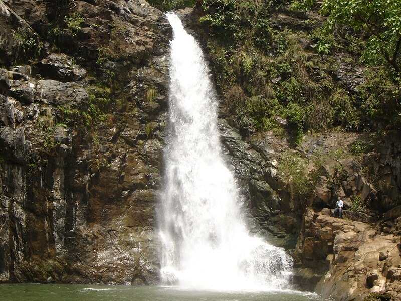 Waterfalls near to statue of unity
