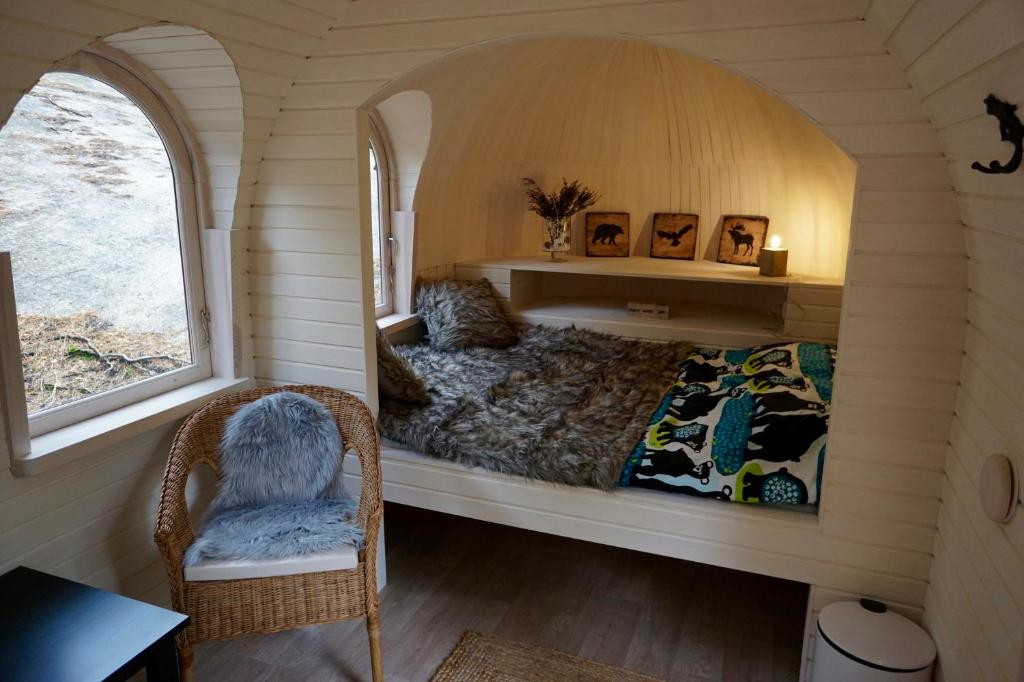 An Amazing Vibe with Glamping Bedroom