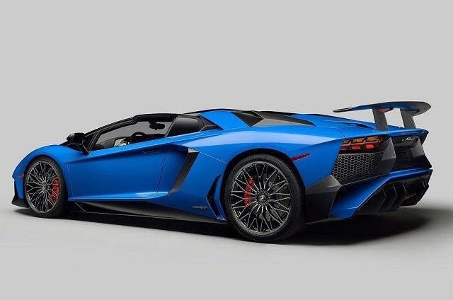 2018-Lamborghini-Aventador-S-Roadster-rear.jpg