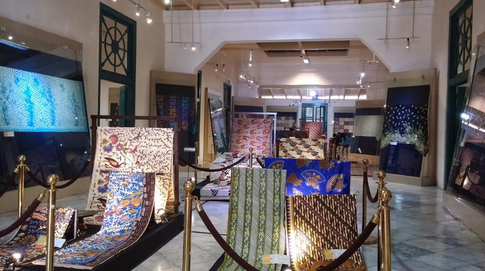 museum tekstil jakarta batik